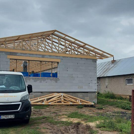 Novostavba rodinného domu Sačurov - Obrazok